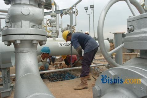 kilang-minyak-gas-bbm-011